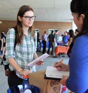 PHOTO: Undergraduate Student Kasia Wiech at the 2019 Student Tech Fair.